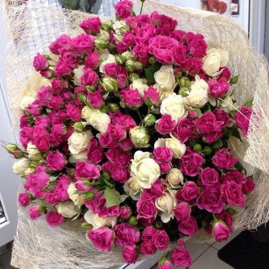 Букет 35 кустовых роз: букеты цветов на заказ Flowwow