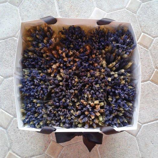 Лаванда и пшеница в крафт-пакете: букеты цветов на заказ Flowwow