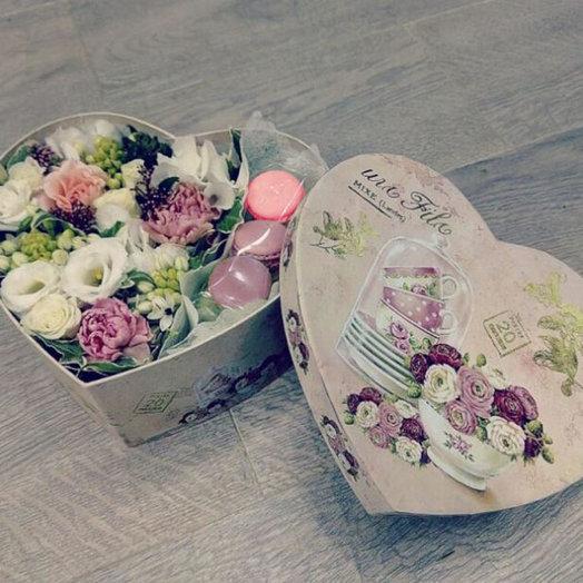 Кое что к чаю: букеты цветов на заказ Flowwow