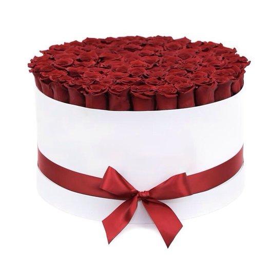 Коробка с красными розами. 101 роза