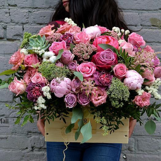 MJM. Цветы в деревянном ящике144: букеты цветов на заказ Flowwow