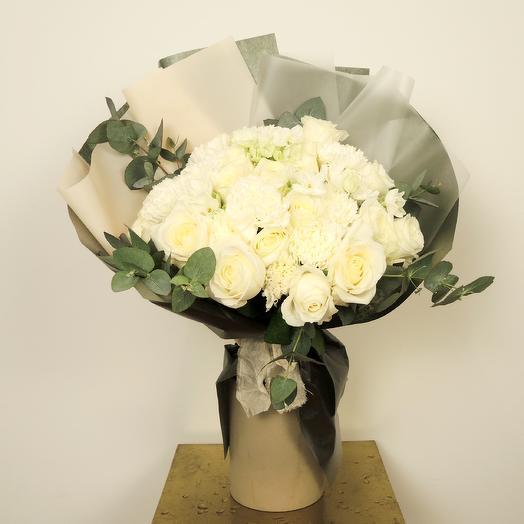 Букет-микс средний (35-40 см): букеты цветов на заказ Flowwow