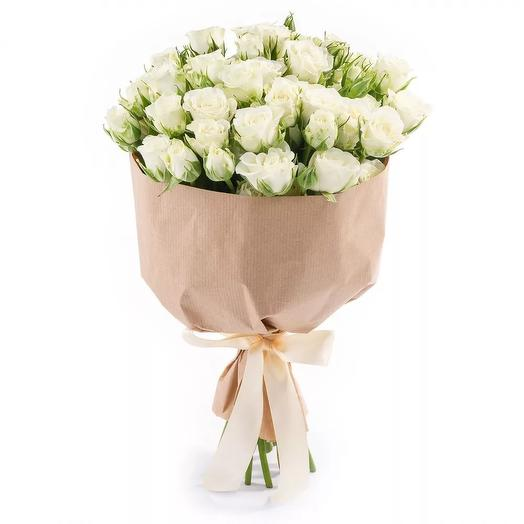 "Букет из белых кустовых роз ""Елизавета"": букеты цветов на заказ Flowwow"
