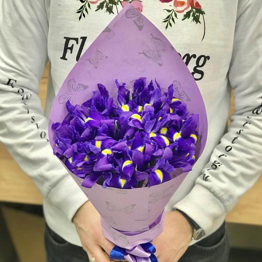 Букет из ирисов N371: букеты цветов на заказ Flowwow