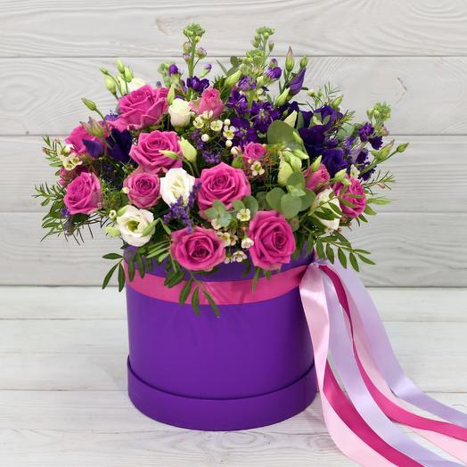 Шляпная коробка Фемида: букеты цветов на заказ Flowwow