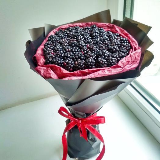 "Букет ""Стильная ягода"": букеты цветов на заказ Flowwow"