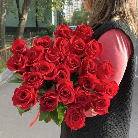 Розы красная 21: букеты цветов на заказ Flowwow