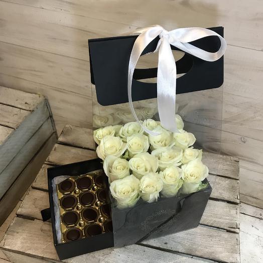 Стильная коробочка роз с любимым шоколадом: букеты цветов на заказ Flowwow