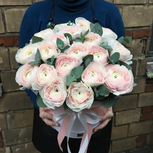 Нежные ранункулюсы: букеты цветов на заказ Flowwow