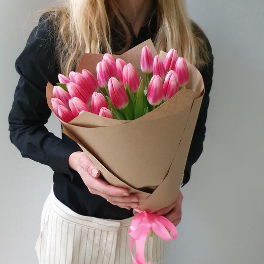 25 нежных тюльпанов: букеты цветов на заказ Flowwow
