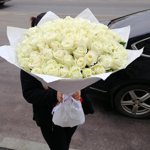 Букет из 101 белых роз