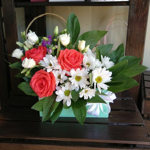 Цветы в деревянном конверте: букеты цветов на заказ Flowwow