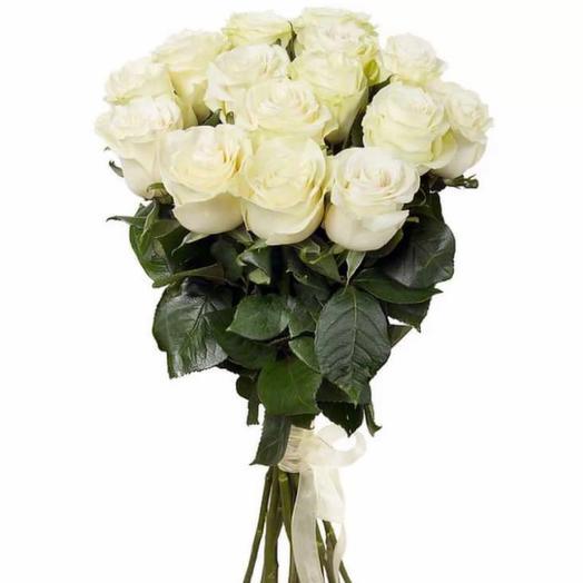 Белые розы премиальные
