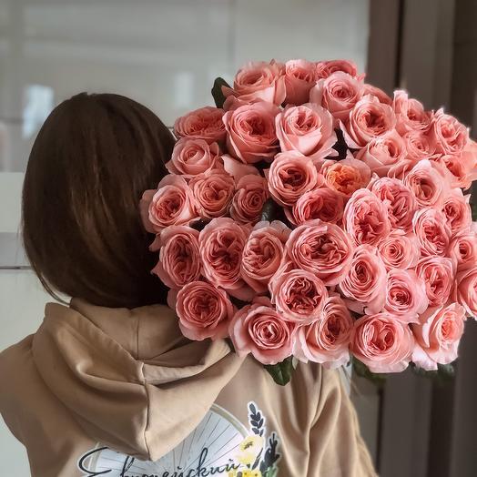 39 Peony-shaped roses