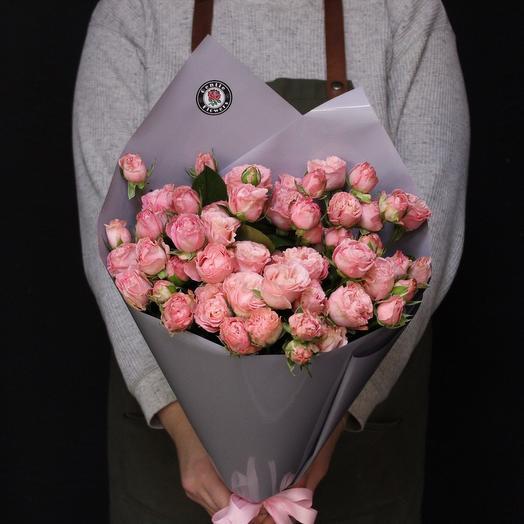 11 кустовых пионовидных роз