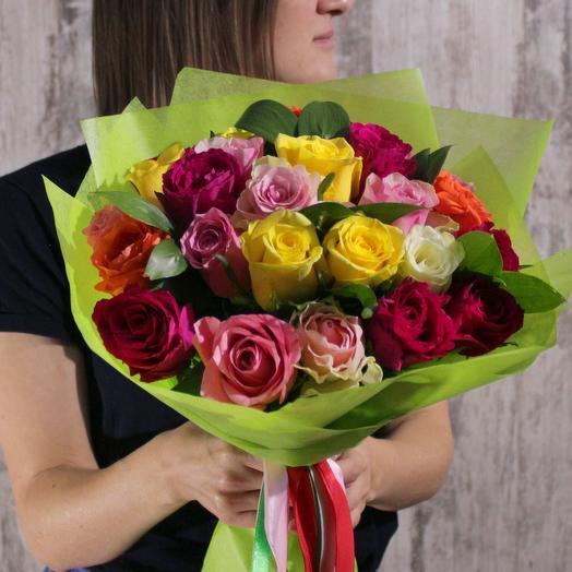 АКЦИЯ! 25 разноцветных роз