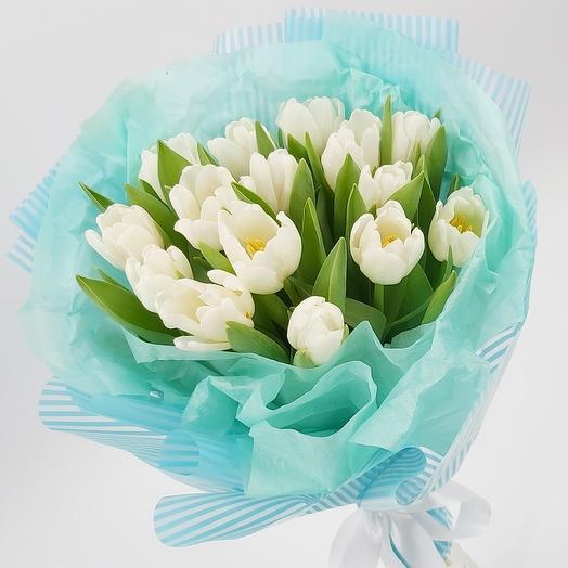 Облачко в небе: 15 белых тюльпанов
