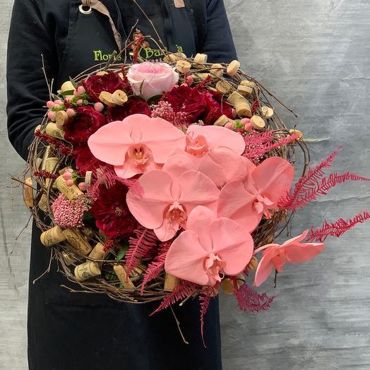 Авторский букет с орхидеей «романтика»