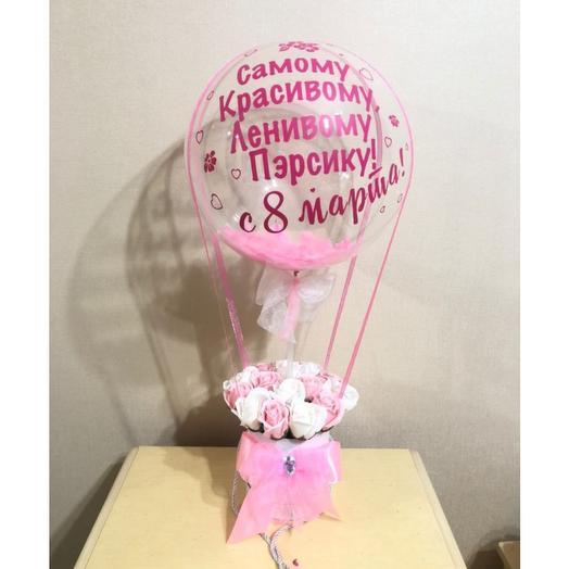 Мыльные розы в коробке с шаром баблс. Цветы с шаром