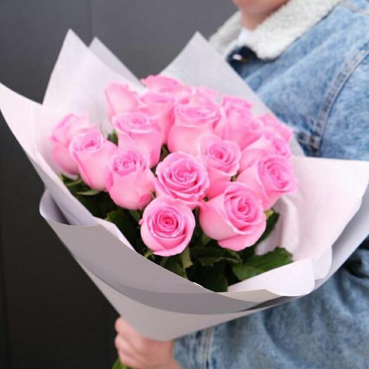Букет розовых роз