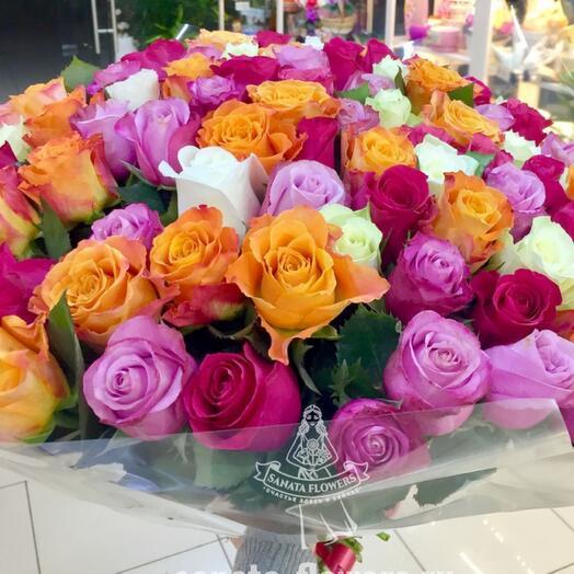 75  разноцветных роз Кения
