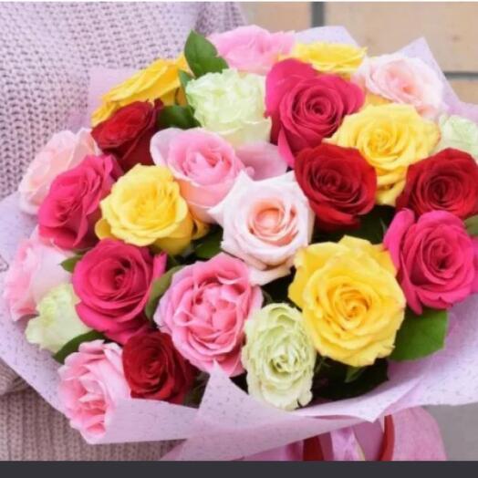 Яркий микс из 25 роз