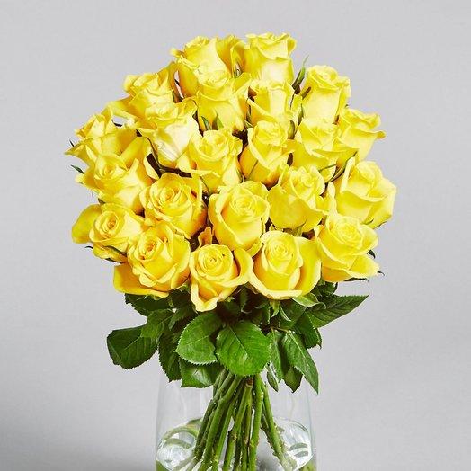 Букет из 21 желтой местной розы 60 см: букеты цветов на заказ Flowwow