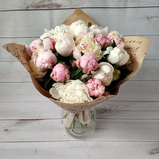 Волшебные пионы: букеты цветов на заказ Flowwow