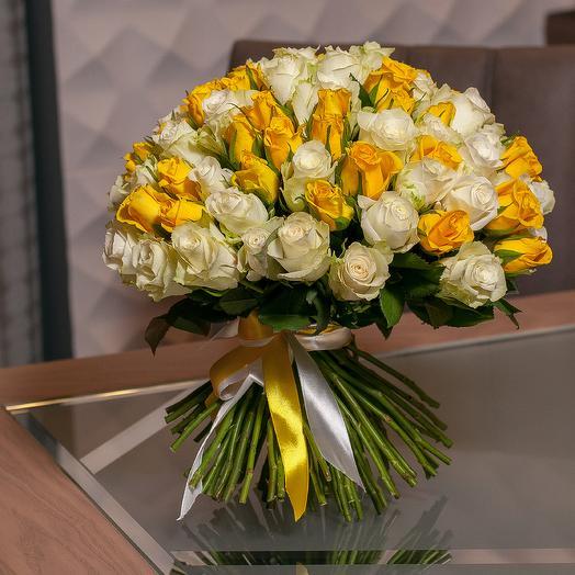 101 роза в белых и желтых тонах: букеты цветов на заказ Flowwow