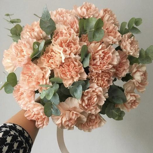 Букет Беж Эвкалипт: букеты цветов на заказ Flowwow