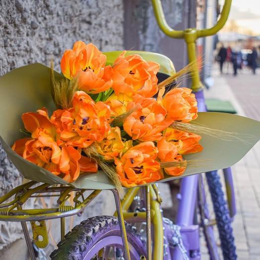 Сочный букет из медовых Тюльпанов: букеты цветов на заказ Flowwow