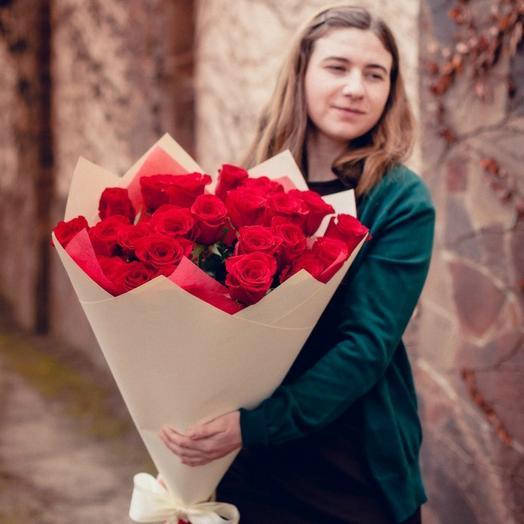 Красные розы 40