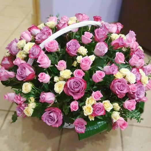 "Цветочная корзина ""Roses"""