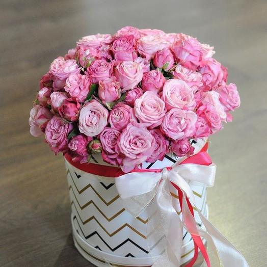 Коробка кустовых роз