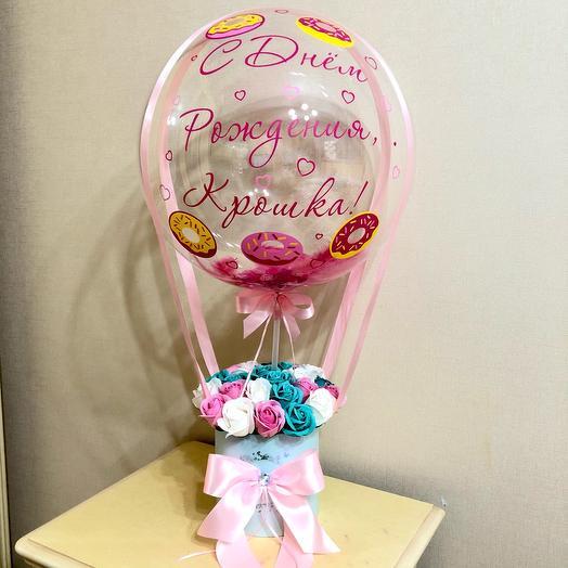 Букет из мыльных роз с воздушным шаром