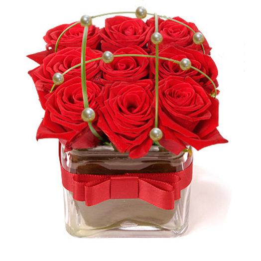 Крестики-нолики (розы в офис): букеты цветов на заказ Flowwow