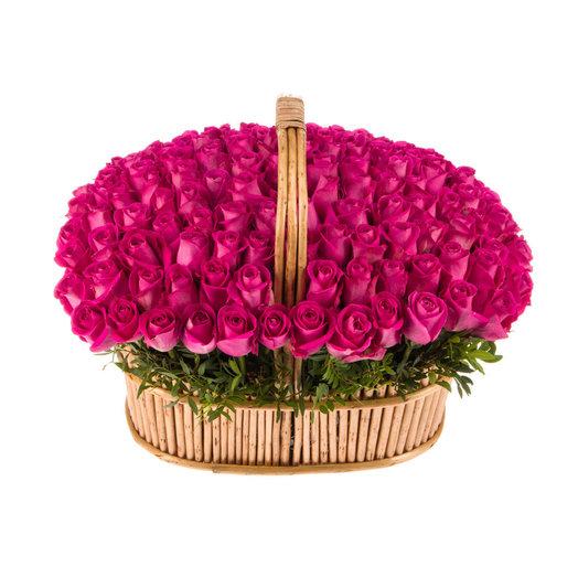 101 Розовая Роза в корзине: букеты цветов на заказ Flowwow