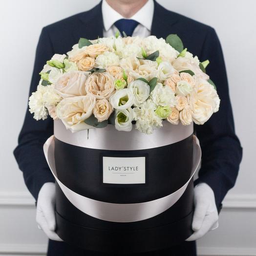 Букет Rossi в шляпной коробке XL: букеты цветов на заказ Flowwow