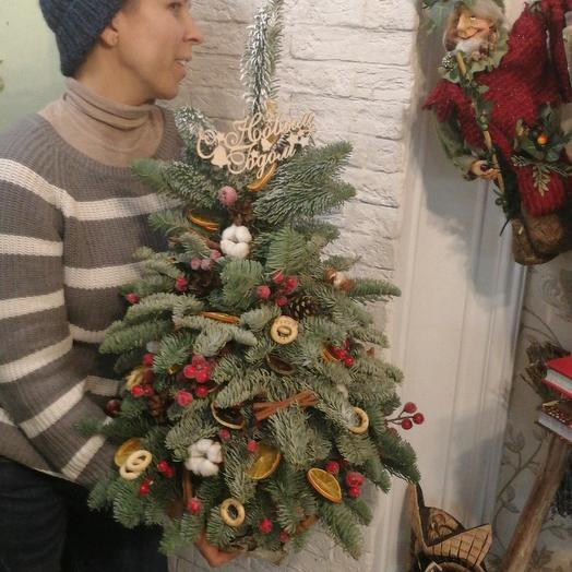 Елка на Старый Новый год по супер цене: букеты цветов на заказ Flowwow