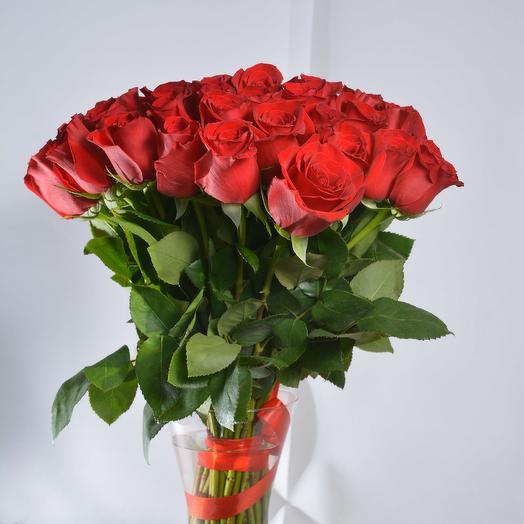 51 красная роза 40 см в букете: букеты цветов на заказ Flowwow