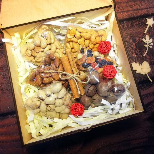 Подарок Пенал со звёздами: букеты цветов на заказ Flowwow