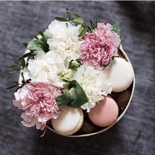 Коробка 26: букеты цветов на заказ Flowwow