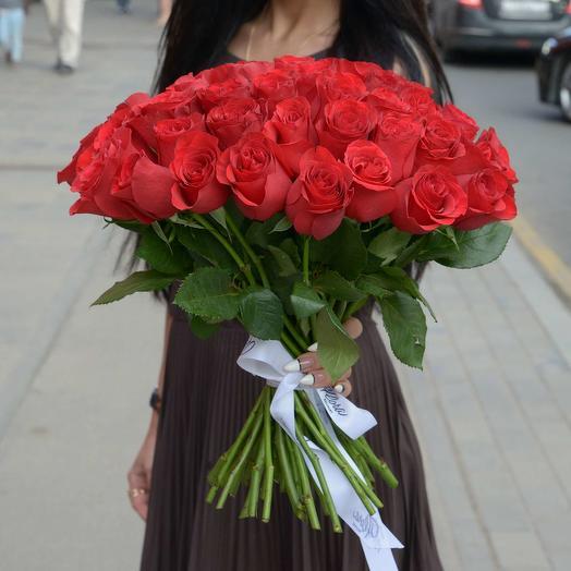 51 краcная роза Red Kenya: букеты цветов на заказ Flowwow
