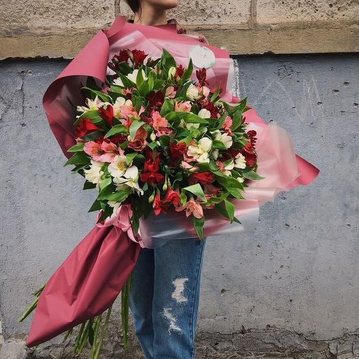 """БУКЕТ ИЗ 29 АЛЬСТРОМЕРИЙ """"МУЗА"""": букеты цветов на заказ Flowwow"""