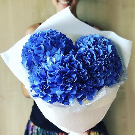Стильный моно букет гортензий: букеты цветов на заказ Flowwow