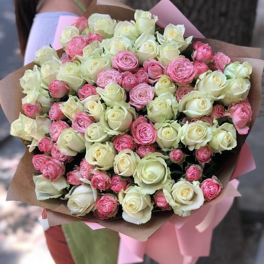 Большой букет с пионовидной розой