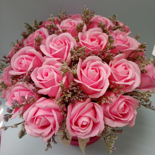The composition of a soap of roses: flowers to order Flowwow