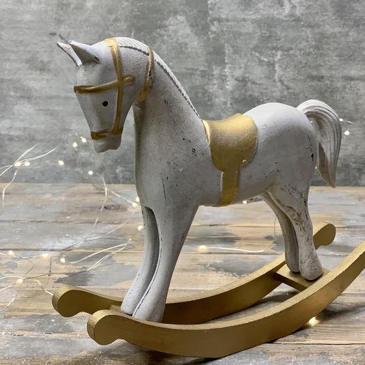 Деревянная лошадка: букеты цветов на заказ Flowwow