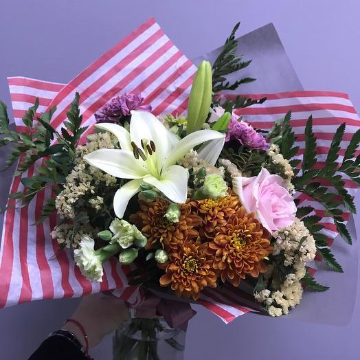Яркие акценты: букеты цветов на заказ Flowwow