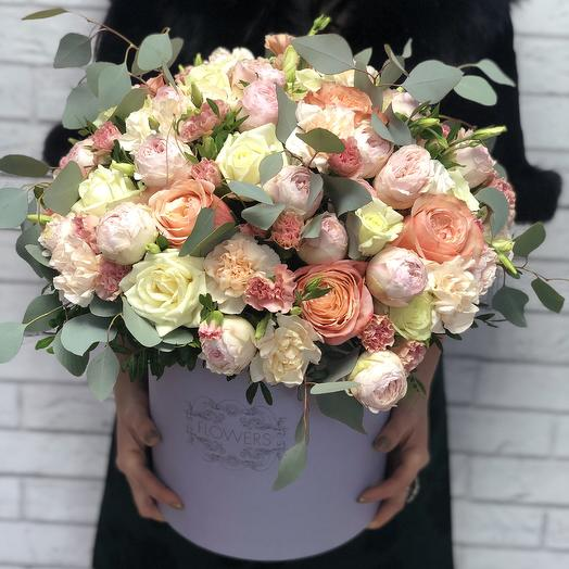Пионовидные розы XXL: букеты цветов на заказ Flowwow